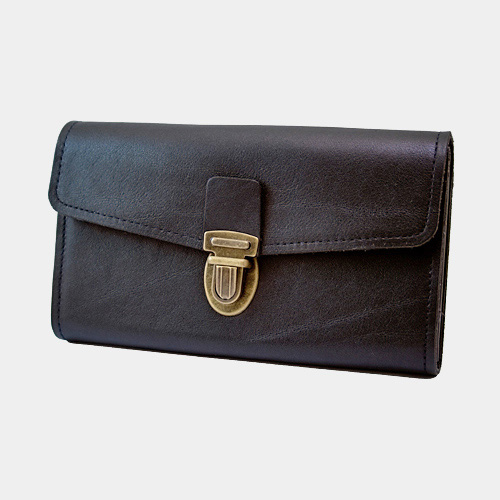Cambist drivers purse. Genuine leather with solid brass details. Made in Sweden.